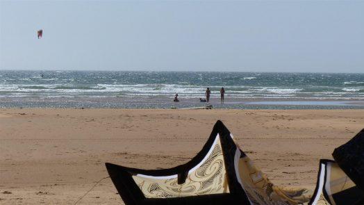 how to kitesurf in choppy water