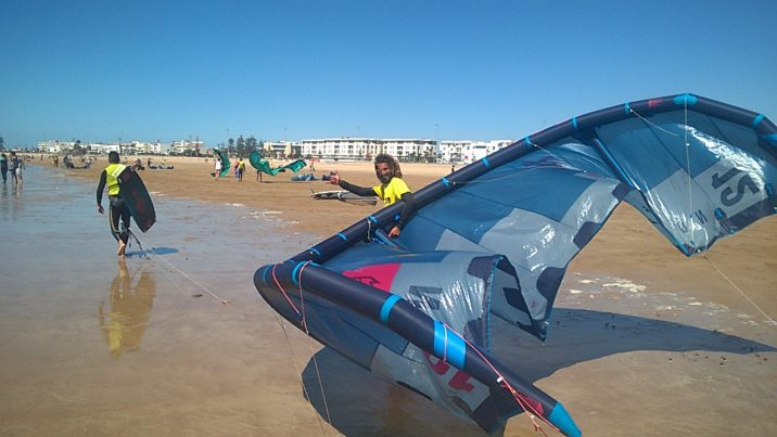 how long does it take to learn to kitesurf