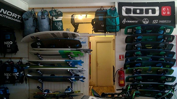 how much does it cost to kitesurf