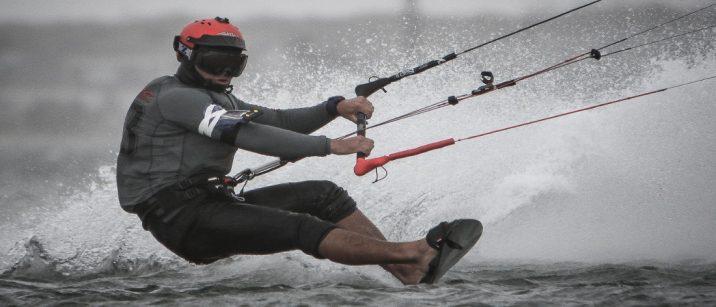 how fast do kitesurfers go
