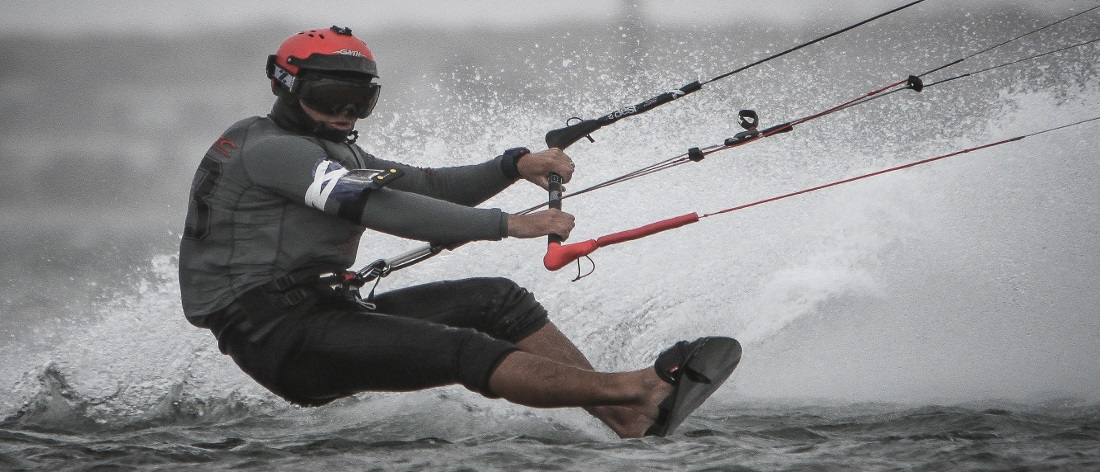 how fast do kitesurfers go